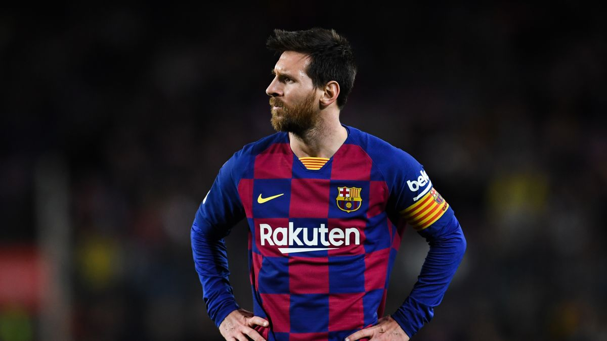Five players who can replace Messi at Barcelona