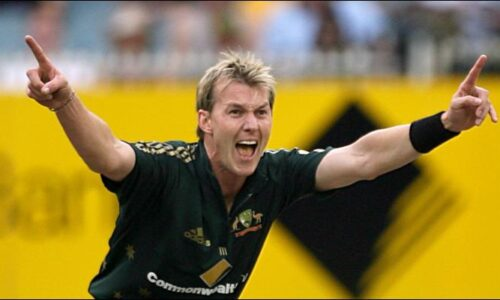 Top 10 Fastest Bowlers in the world