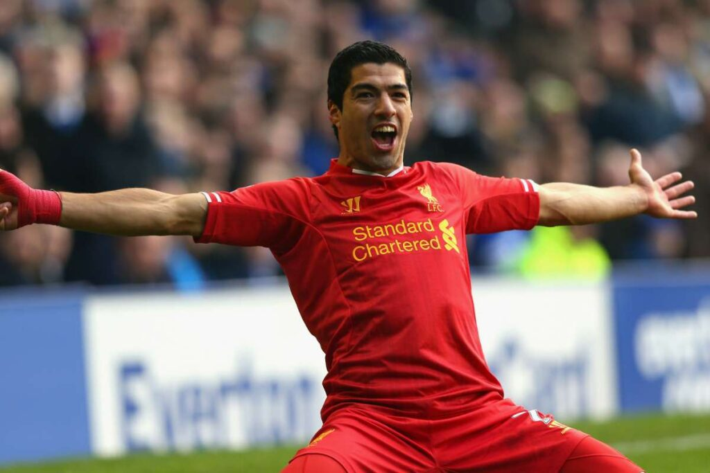 Luis Suarez almost signed at Arsenal