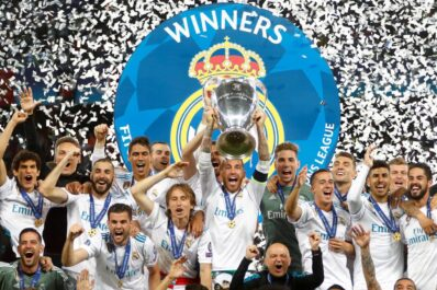 Sergio Ramos lifts the UCL trophy